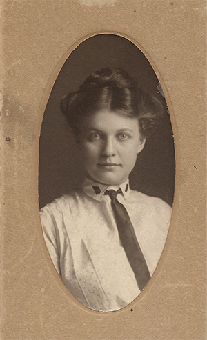 old tyme photo of a woman